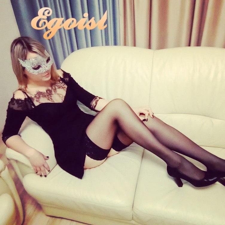 Массажистка в салоне эротик массажа Эгоист